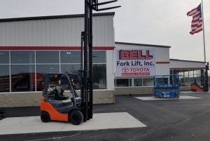 Bell Fork Lift Steel Buildings Butler Building by Siwek Construction, a commercial construction commercial contractor and construction management firm specializing in steel buildings by butler buildings, design build, general contracting, and construction management