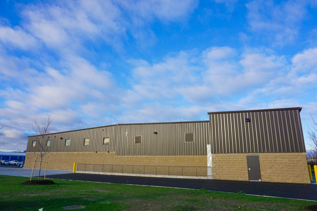 Mid States Bolt and Screw, a finished pre-fabricated steel buildings by siwek construction using butler buildings pre-fabricated steel